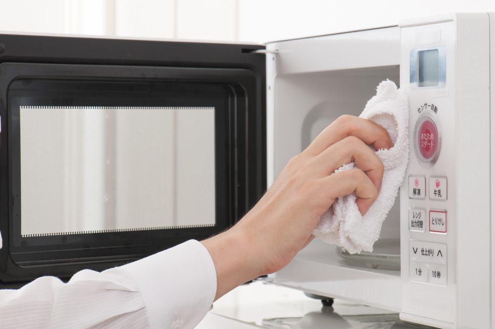 Reinigung Mikrowelle